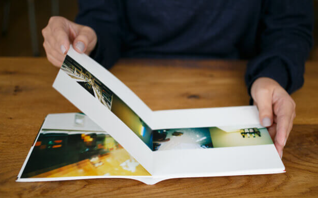 photobackの合紙製法(見開きがフラット)の見本画像